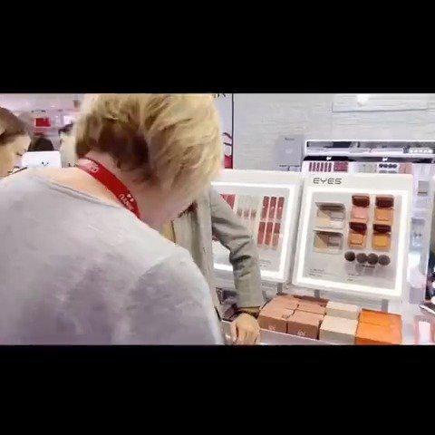 ipi彩妆 任选3件 ¥39 反馈都特别棒的ipi 口红、唇釉、腮红、眉