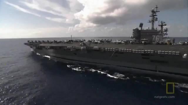 8月7日罗纳德里根号航母打击群在日本附近展开了联合军演