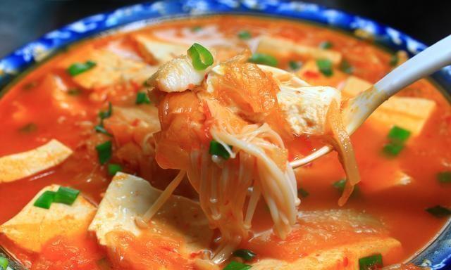 天气闷热,怕吃油腻,教你5道蔬菜汤,最后一道我家最爱,太鲜了
