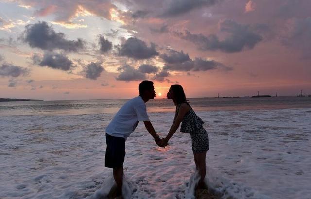 巴厘岛的接吻节,被称为世界上奇葩的节日