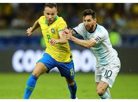 阿根廷队不该以梅西打造战术,禁锢了其他好球员的风格技术