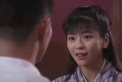 日本女星一见李连杰误终身,中山忍回了东京后20年未嫁