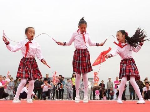 社区健身 邻里情深 莆田市推动体育互动共创文明家庭