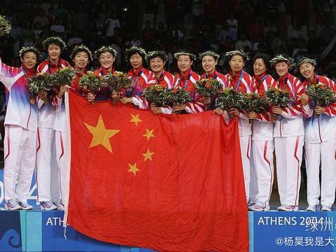 久违!女排奥运冠军晒昔日夺冠合影,发文表示梦到自己重回赛场