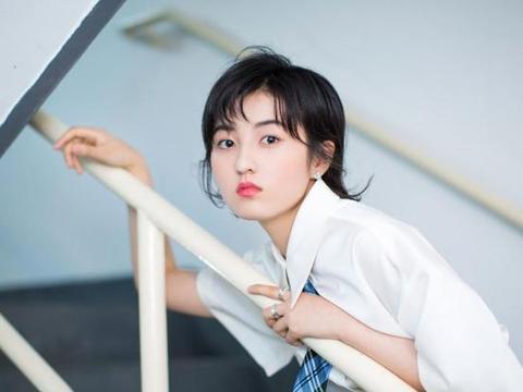 张子枫在日本误入中国综艺,导演看完都懵了,能看到的都是大神