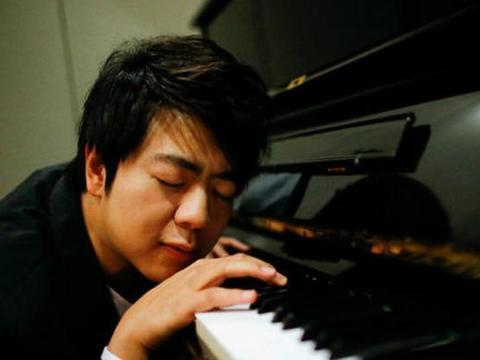 为赚钱太努力,连上多部综艺,顶级钢琴家为何走向娱乐圈