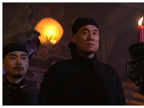 年羹尧屠杀江夏镇七百人 胤禛不追究就算了为何康熙还升他的官?