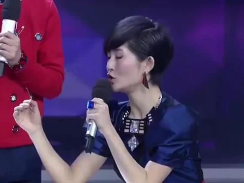 谢娜和吴昕扳手腕车轮战,都输给了Luna,谢娜难以置信