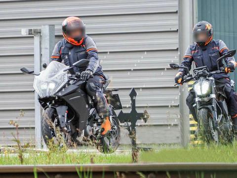 """KTM RC390 2021款最新消息 换上更大的""""炸裂脸""""年底发布"""