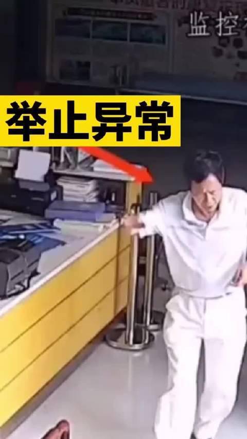 男子被异物卡住喉咙,情况紧急。四川泸州女护士教科书式救人!