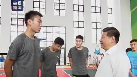 时政微视频丨野蛮其体魄 习近平:没有全民健康,就没有全面小康