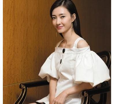 王丽坤——自然美女