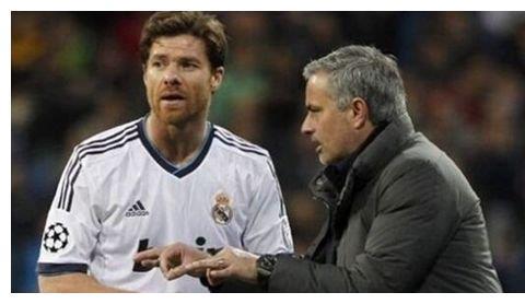 热刺老队长担任穆里尼奥助教,为何阿隆索与卢西奥告别穆帅团队?
