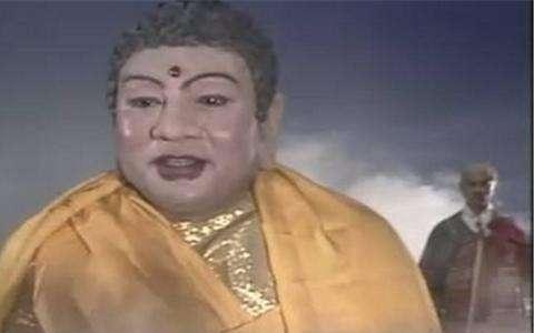 西游记如来佛祖扮演者,去泰国买佛像,却发现上面就是自己