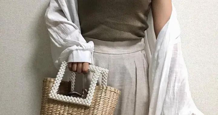 默默占据Ins版面:Zara这款珍珠包包彰显奢华感细节