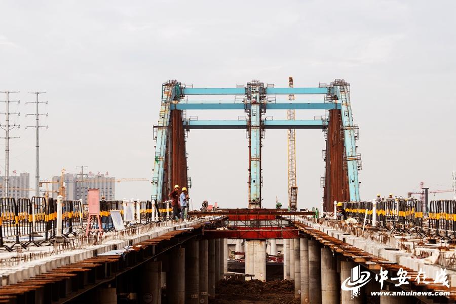 合肥派河4座桥梁桩基工程完工 明年5月全部通车