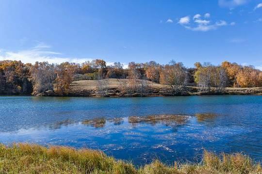 """内蒙堪比西湖的湖泊,人称""""草原明珠"""",门票30游客不绝"""
