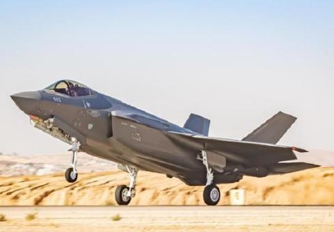 顾此失彼!F-35携带高超音速导弹丢掉隐身优势,不带战斗力又打折