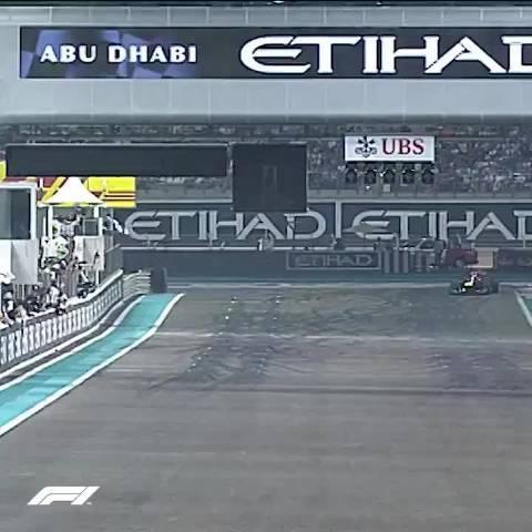 2010年F1阿布扎比:维特尔首夺世界冠军