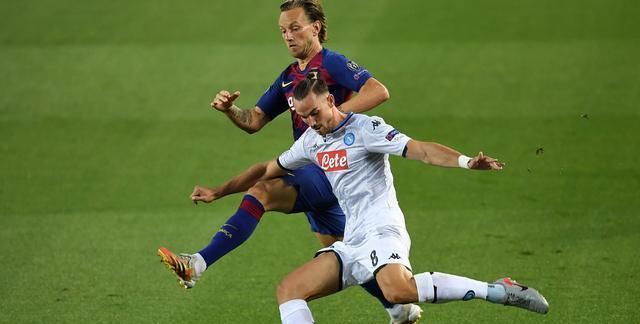 欧冠1/8决赛次回合,巴萨与那不勒斯的比赛,梅西又踢疯了