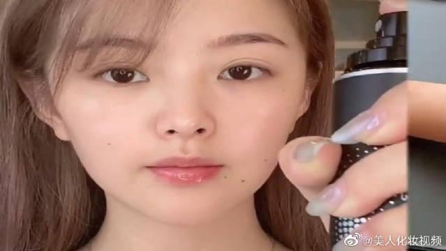 韩系大地色妆容来了,这几颗痣画的真是有灵魂,太好看了!