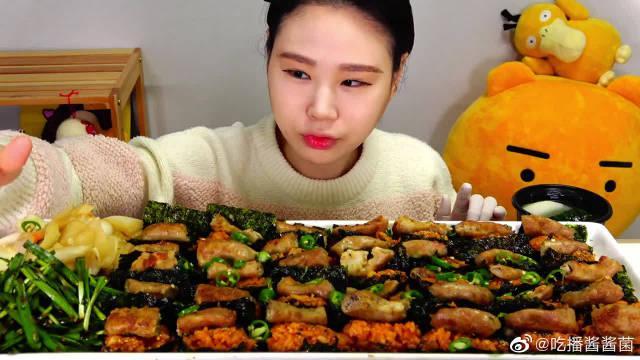 """韩国吃播:""""烤牛肚+辣椒炒饭+萝卜泡菜""""……"""