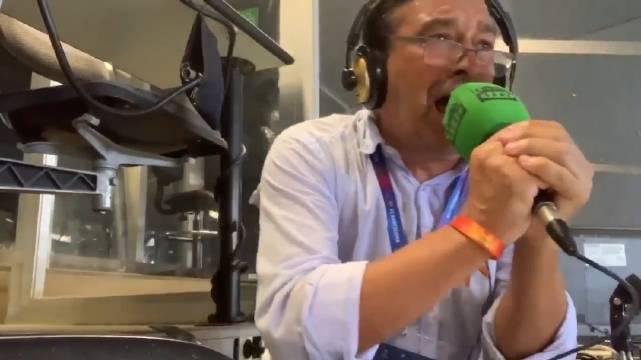 梅西昨晚进球后的现场电台解说🎧📣
