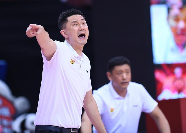 广东宏远淘汰北京首钢原因揭晓!球迷第二次发声,终于说了真话