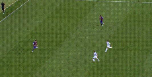 梅西射门被挡巴萨获得角球,朗格莱头球为巴萨先下一城,1-0!