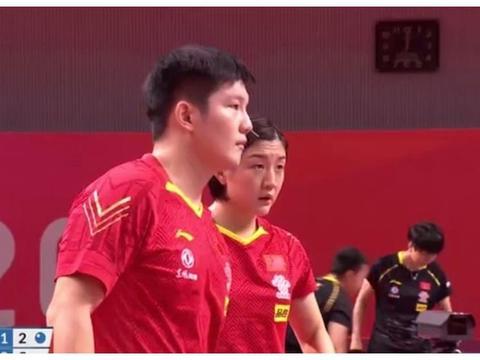 樊振东陈梦4-1迎开门红!对手吃黄牌,王皓鼓掌 刘国梁戴口罩观战
