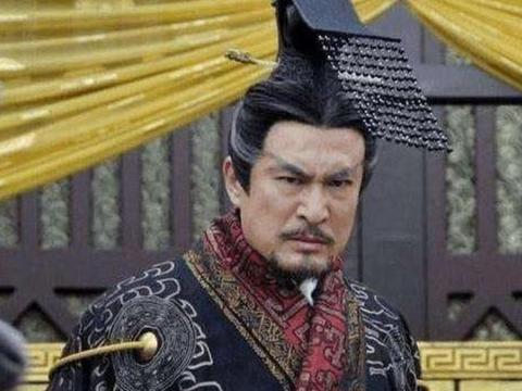 秦始皇比刘邦大三岁,为何给人的感觉,他们不是同一个时代的人?