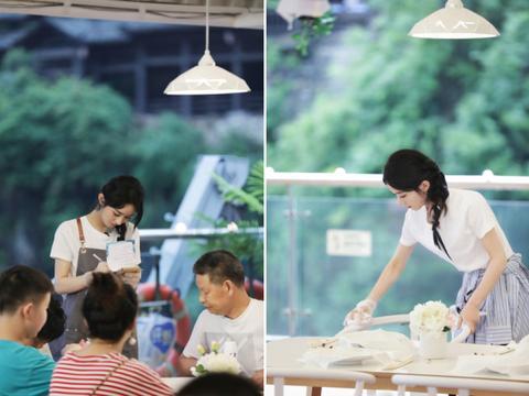 赵丽颖被批吃饭扒拉菜没素质,张亮发声:菜小容器深,女士很优雅