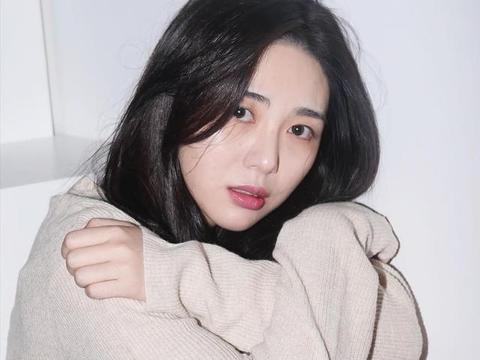 AOA前成员权珉阿已脱离危险,她控诉的娱乐代表登上韩国热搜