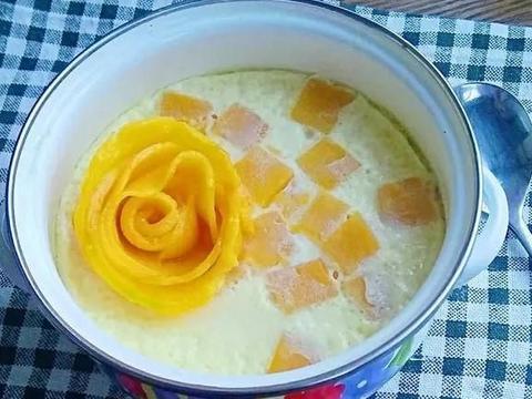 这道鸡蛋牛奶芒果羹,颜值高又美味,宝宝吃完还想再来一碗!