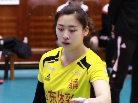 中国女排23岁国手正式亮相!奥运席位之争恐已退出,有望效仿丁霞