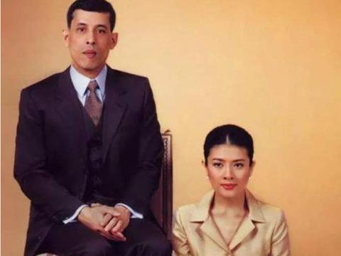 魅力不减,54岁泰国富婆容貌与财富并存,拉玛十世对她没有吸引力