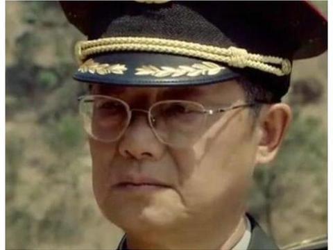 曾在《亮剑》里打过酱油,还是半个特型演员,前妻王丽云常年霸屏