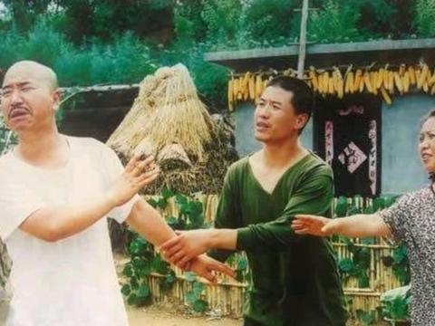 刘能被换,王小利离开《乡村爱情》都是必然事件,只是时间晚了点