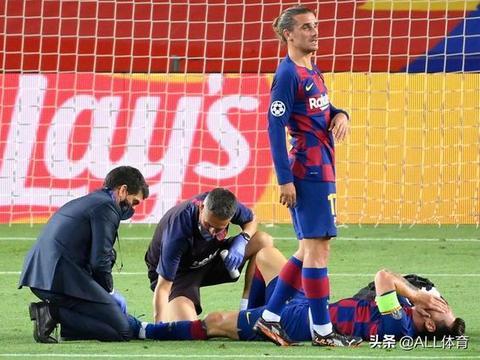 巴萨球员赛后评分:苏亚雷斯7.0分,郎格莱8.0分,梅西接近满分