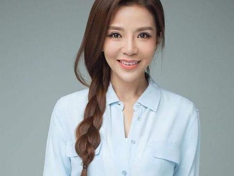 央视美女主持朱迅在问了王志3个问题后,就决定嫁给他