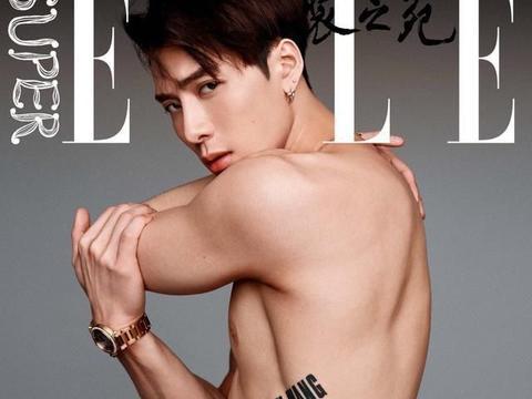 肌肉线条很漂亮的男明星,综艺感十足的sense精王嘉尔