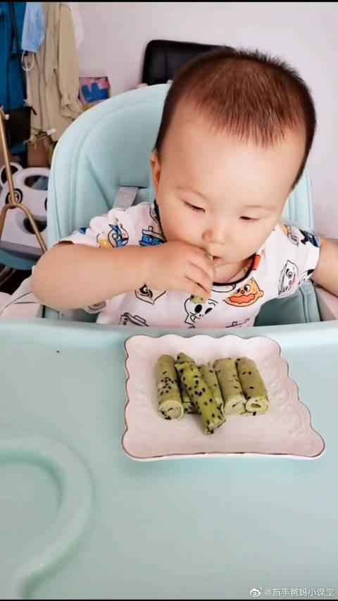 每顿辅食单独做,今天吃黄瓜蛋卷,清火开胃宝宝爱吃