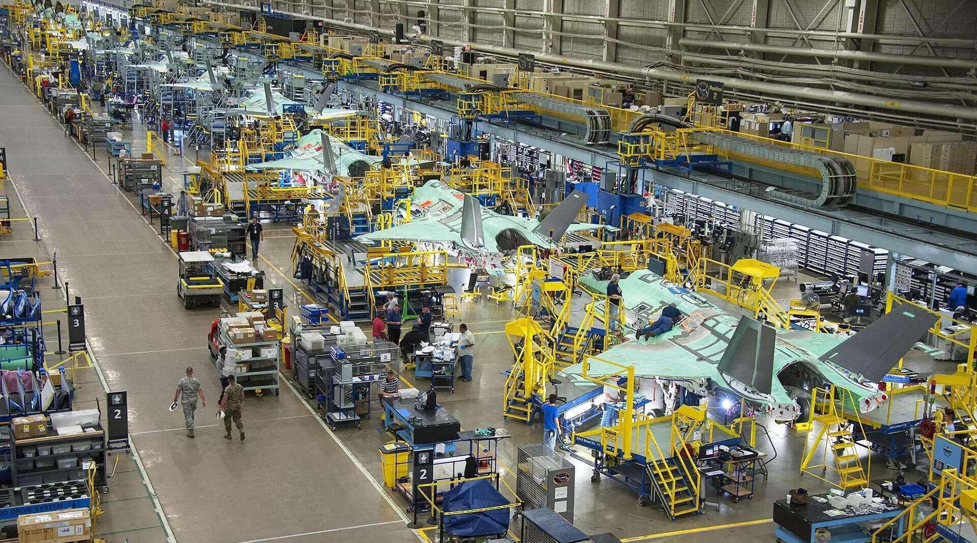 中国稀土制裁起作用了,趁着手中还有存货,洛马疯狂生产F35战机