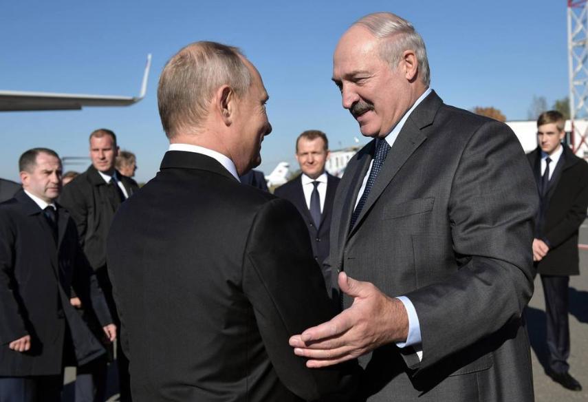 白俄能源部:8月7日开始向白俄核电站,第一机组反应堆装载燃料