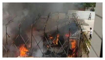 赣州南康一家具厂发生火灾