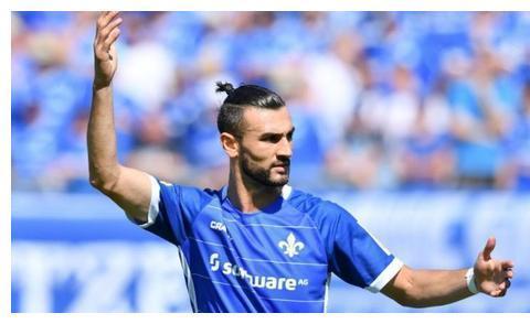 想不通!28岁还没踢过顶级联赛,中超球队给他开500万欧年薪?