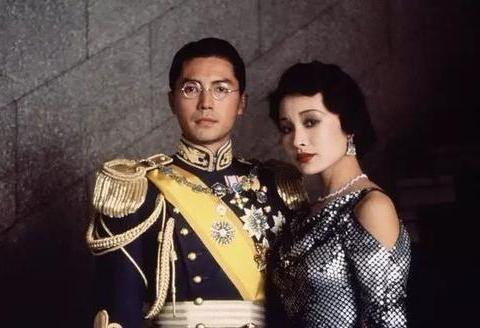 晚年的张作霖已经是大元帅,见到退位的溥仪,为何依然选择下跪
