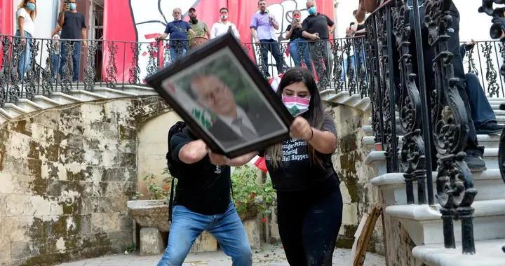"""黎巴嫩示威抗议活动再次爆发,美国鼓励""""和平""""政权更迭"""
