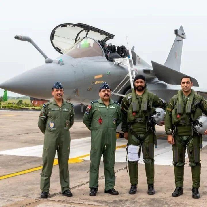 印度首批5架阵风战斗机到货后 美媒一顿无情吐槽……
