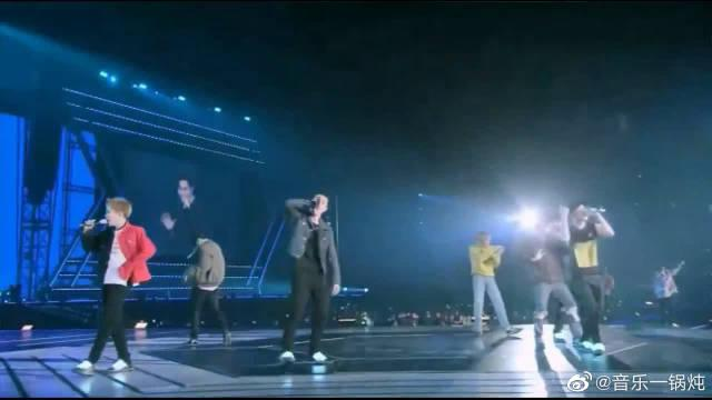 EXO三巡演唱会《run》舞台,成员们都太活泼了